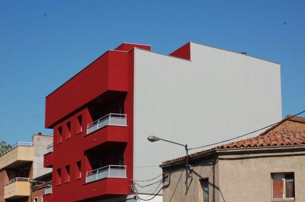 fachada_pluvial_chapa_minionda_acero_lleida